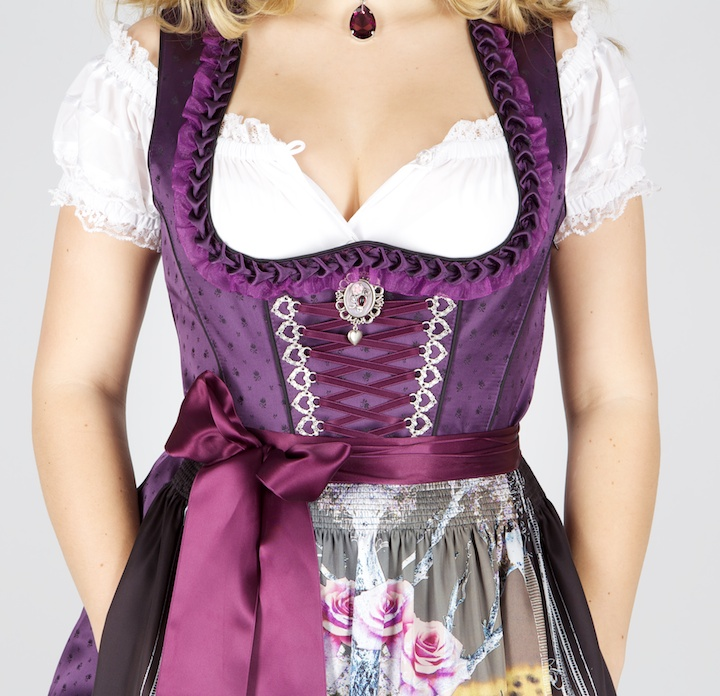 8841 sch nes 65er dirndl lila schwarz motiv gr 48 dirndl. Black Bedroom Furniture Sets. Home Design Ideas